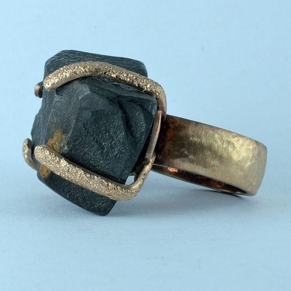 Anello ossidiana nera